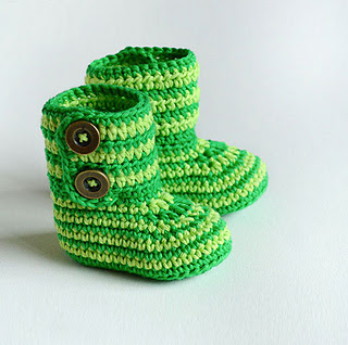 Green-zebra-crochet-baby-booties-by-croby-patterns_small2