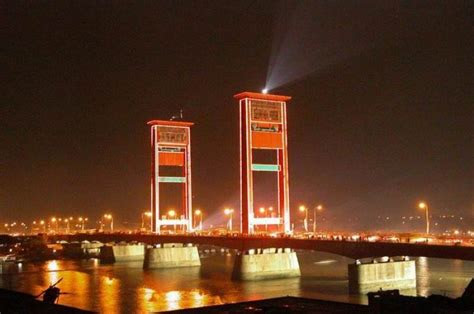jembatan ampera lisnawati