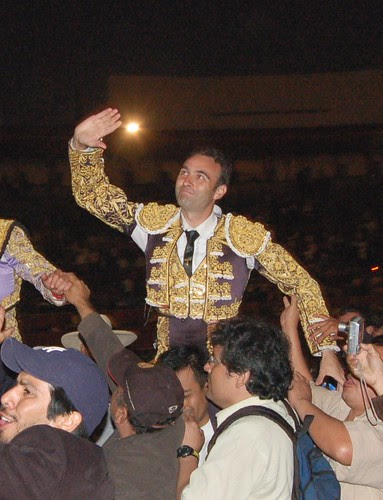 Ponce triunfa en Lima