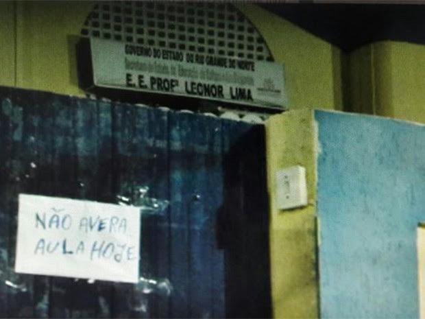 Escolas suspenderam as aulas após ameaça de traficantes no bairro da Redinha, na Zona Norte de Natal (Foto: Divulgação/Polícia Militar)