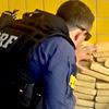 Policiais apreendem drogas em Cajati