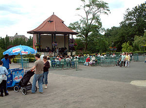 English: Bandstand at the Horniman Museum SE23...