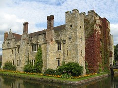 Hever Castle & Gardens, Childhood Home of Anne...