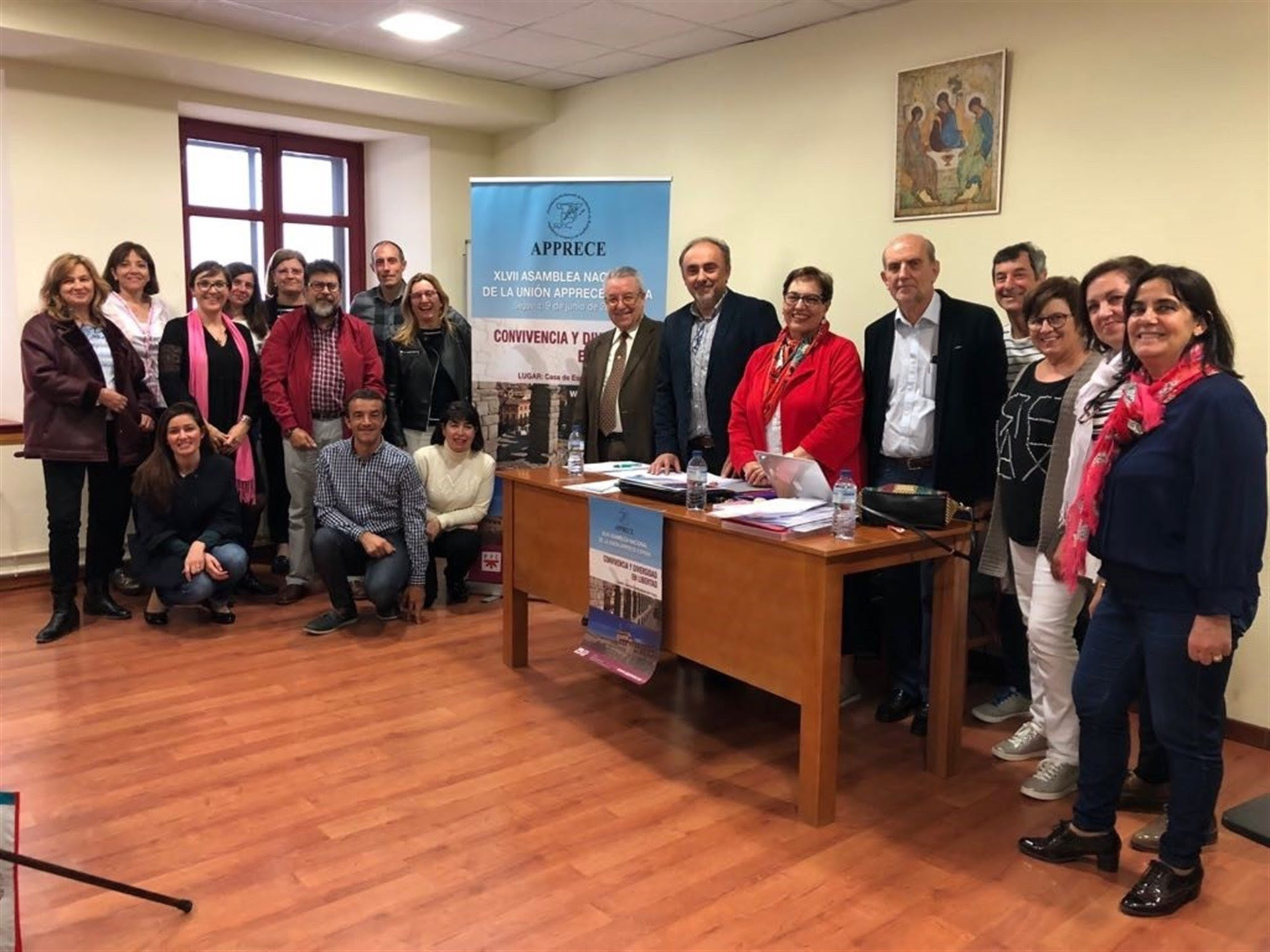 Miembros de Apprece en la Asamblea de Segovia. /E.PRESS