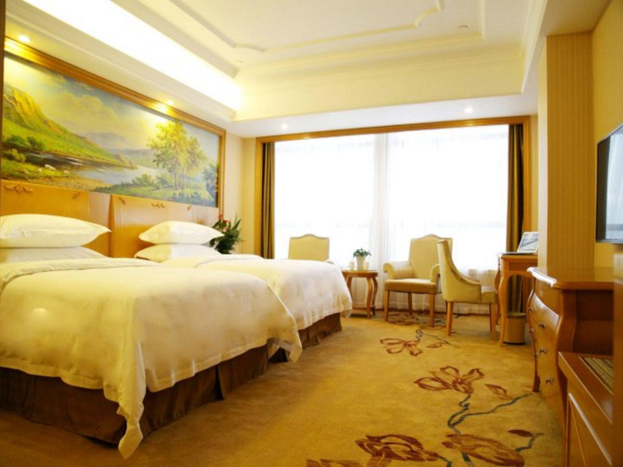 Vienna International Hotel Meizhou Spindle Bridge Branch Reviews