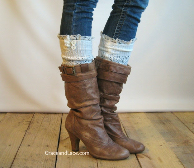 The Lacey Lou - Off White Open-work Leg Warmers with knit lace trim & buttons - Legwarmers (item no. 3-16)
