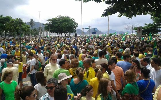 Manifestação no Rio (Foto: Macelo Bortoloti/ÉPOCA)