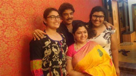 Khushboo Sundar C Celebrate 15th Wedding Anniversary; Rare