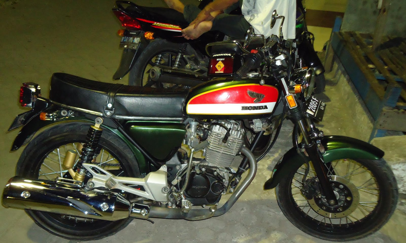 Gambar Sepeda Motor CB