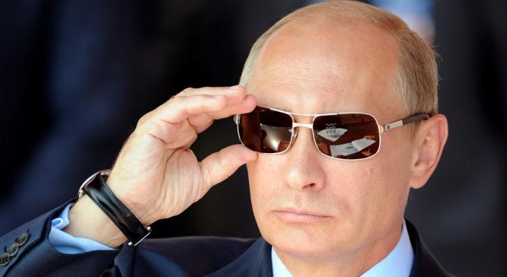 http://www.kasparov.com/wp-content/uploads/2014/05/Vladimir-Putin-Snowden-Is-Still-in-Russia.jpg