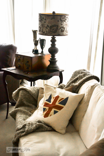Karen - The Graphics Fairy's house - british flag pillow