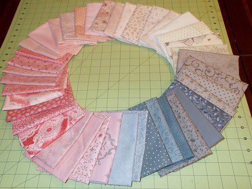 Pink and gray fabric gradient circle