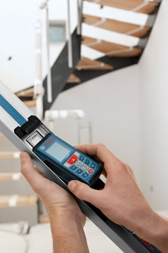 Bosch GLM 80 R 60 Combo Kit with 265 Foot Distance Measurer and 24 Inch Digital Level