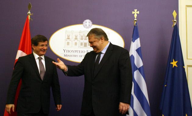 Απόπειρα δολοφονίας Νταβούτογλου στην Αθήνα ανακάλυψαν οι Τούρκοι