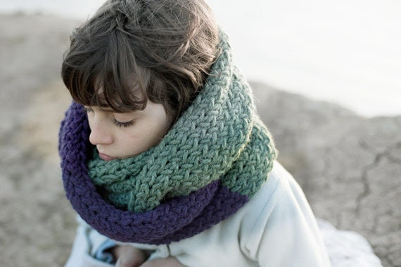 Infinity Scarf - Chunky Extra Long - Hand Knitted Unisex Cowl - mosgos