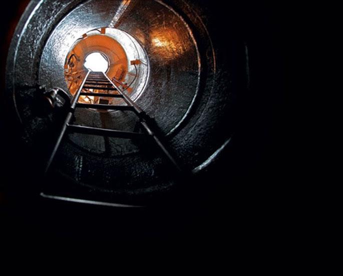 Điều bất ngờ về những thiết bị cổ lỗ của tàu ngầm Kilo 636 VN - Ảnh 1.