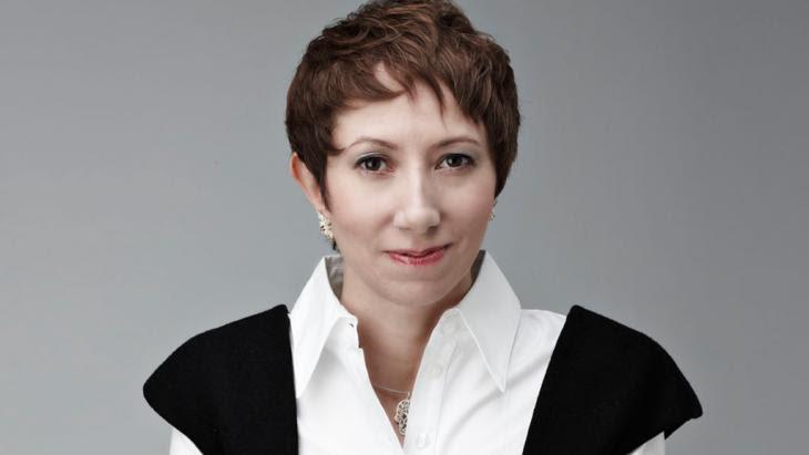 """شيرين الفقي مؤلفة كتاب """"الجنس والقلعة"""". Foto: Kristof Arasim"""