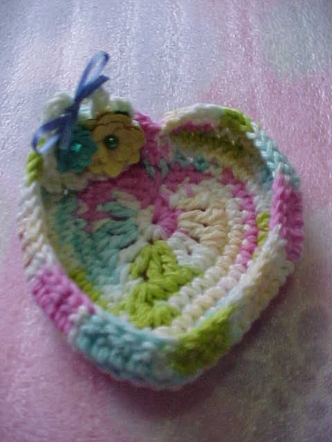 Creative+Things+to+Crochet   Rings and Things Heart Shaped Crochet Dish, handmade