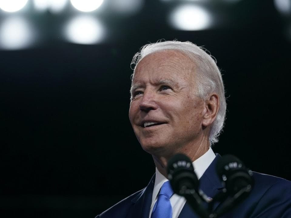 Biden Consults U.S. Oil Industry About Soaring Gasoline Prices