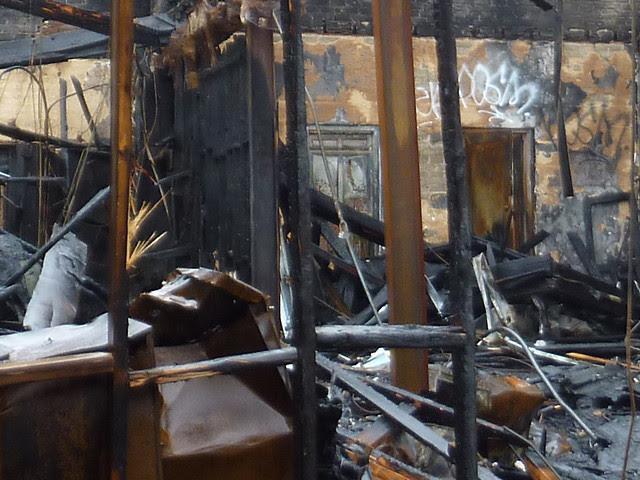 P1160382-2013-02-11--1137-Ponce-De-Leon-Ave-burndown-inside-west-section-detial