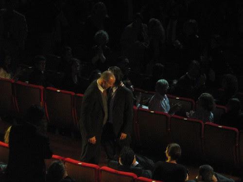 Colin Farrell hiding behind Gavin O'Connor's head