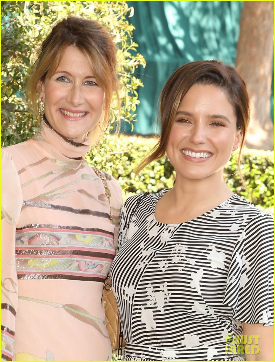 kate hudson junta-se a laura dern sophia bush no veuve clicquot polo match 02