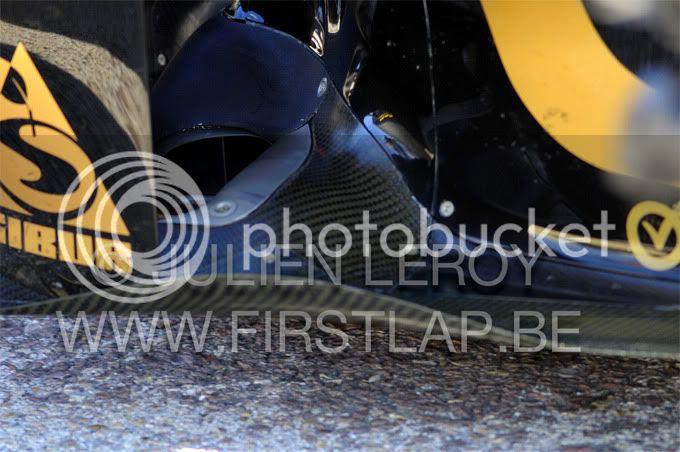 Así son los escapes del nuevo Lotus Renault R31