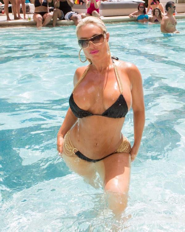 Coco partido del bikini