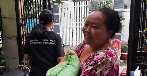Chuẩn bị Quà Tết hoành tráng tặng người khuyết tật người nghèo khó ở Sài gòn