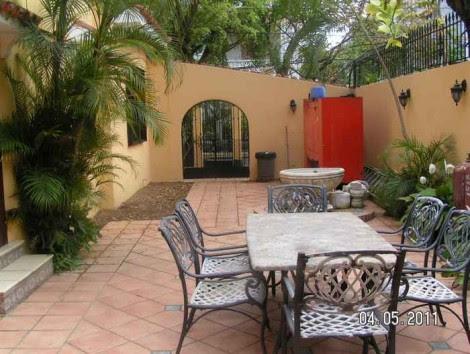 2011 Garden Terrace Design Picture 4