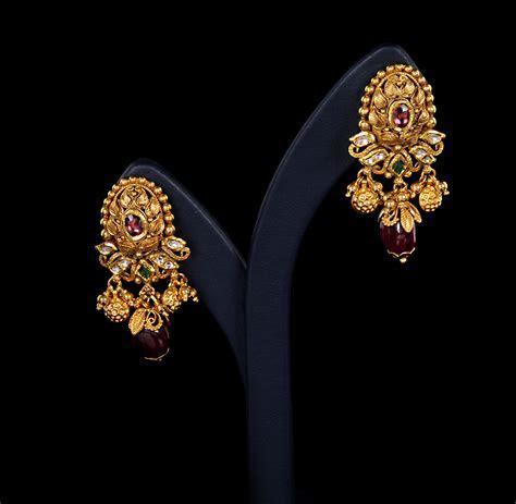 Ladies New Brands: Wedding Bridal Gold Ladies Earrings