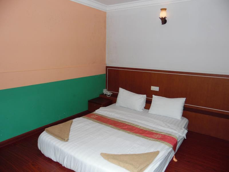 Review Golden Bayon Guesthouse