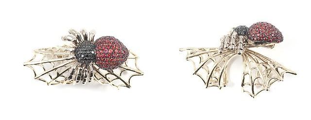 AraigneÌe Diamants noir - Rubies A-1036-4-10