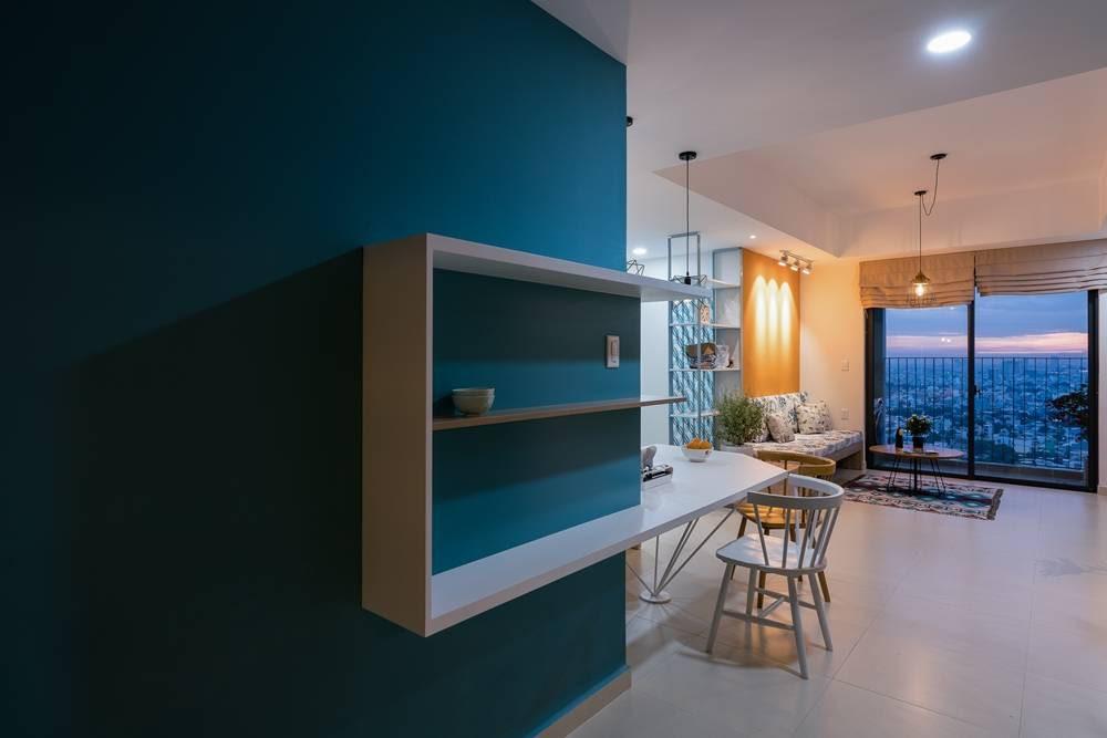 tủ kệ màu xanh dương