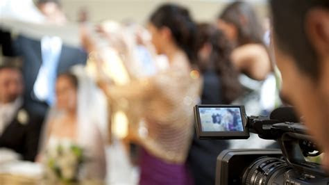 The Fundamentals of Wedding Videography for Beginners   B