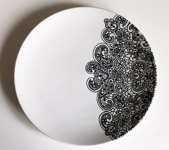 Hand illustrated lace side plate