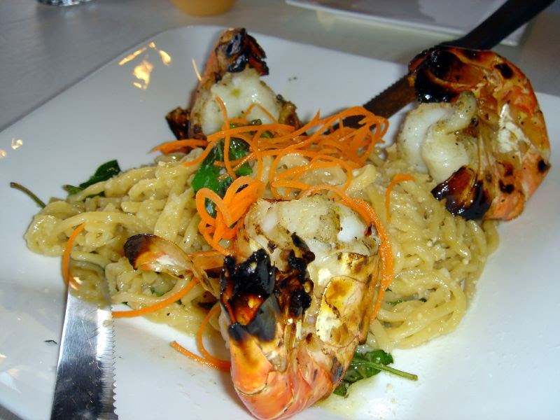 Giant Prawns and Garlic Noodles