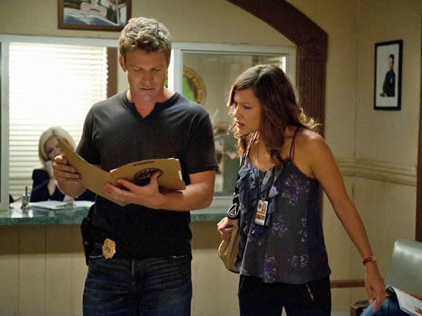 Jim e Callie passam a trabalhar juntos e trocam algumas faíscas no início (Foto: Reprodução / TV Globo)