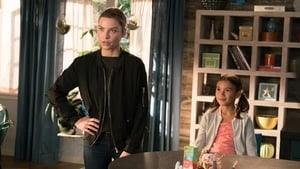 Lucifer Season 3 : Chloe Does Lucifer