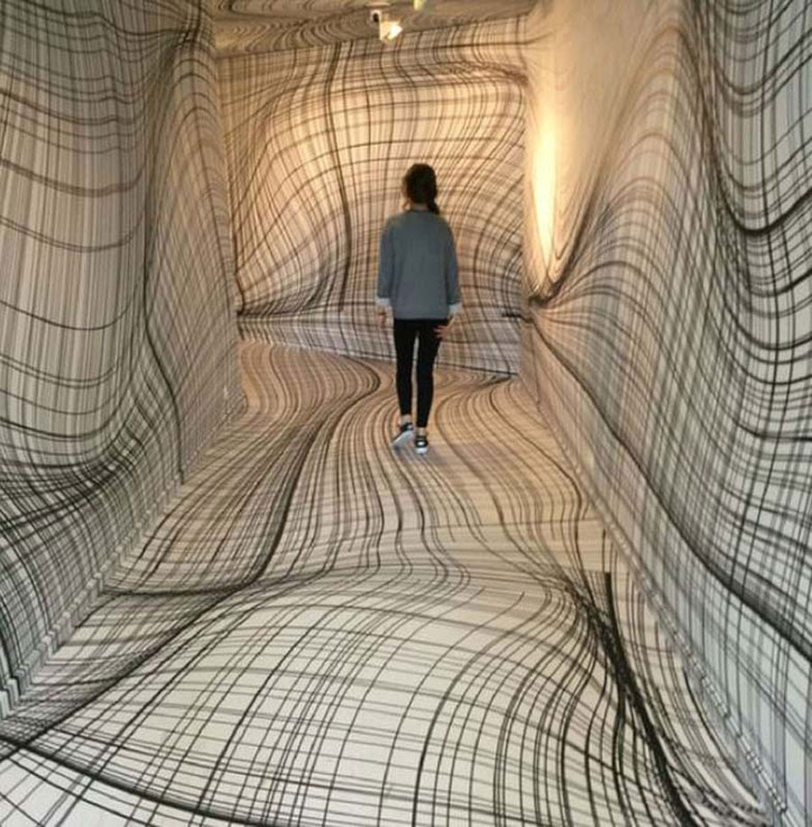 optical-illusions-hallway