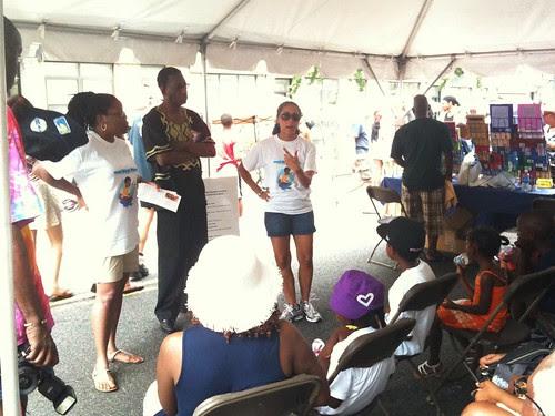 Speakers encouraging young readers