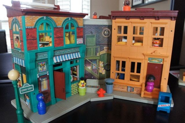 Anne S Odds And Ends Fisher Price Friday Play Family