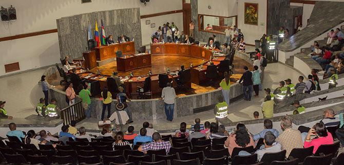 Extienden convocatoria a sesiones extraordinarias en el Concejo