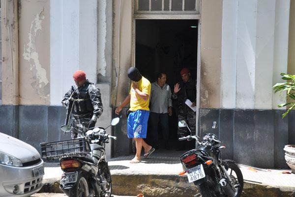 Policiais militares foram presos na última terça-feira (29)