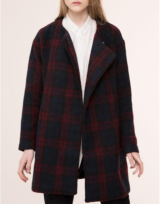 Pull&Bear - mujer - abrigos y parkas - abrigo cuadros cuello drapeado - marino - 09752332-I2015