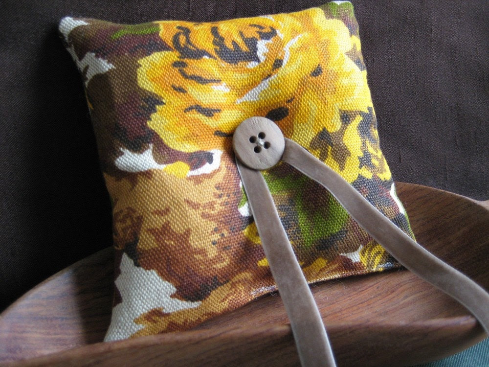 Woodland Floral Ring Pillow