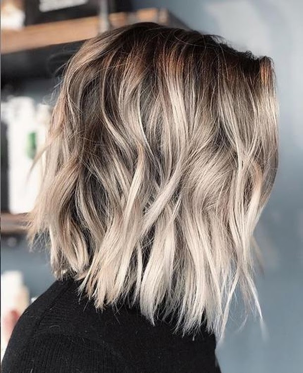 10 Simple Lob Hair Styles for Women - Medium Haircut with Thick Thick 2021
