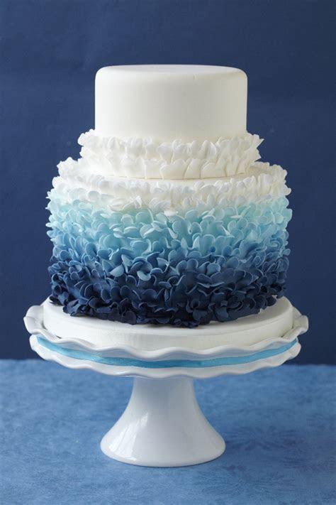 12 Fabulous Ombre Wedding Cakes   Belle The Magazine