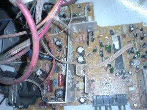 mainboard-televisi-Votre-300x225