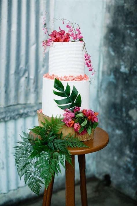 33 Beautiful And Yummy Tropical Wedding Cakes   Weddingomania